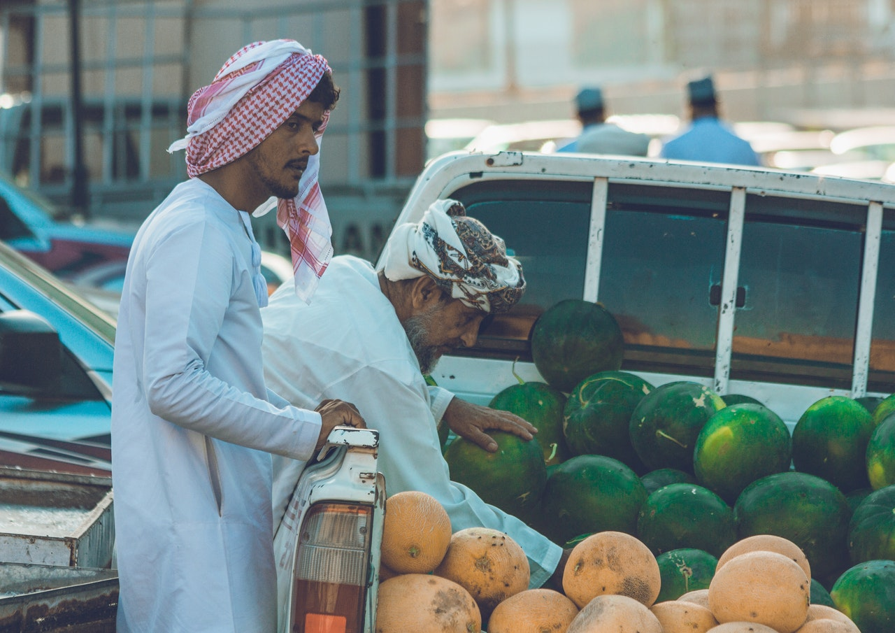 People with fruits